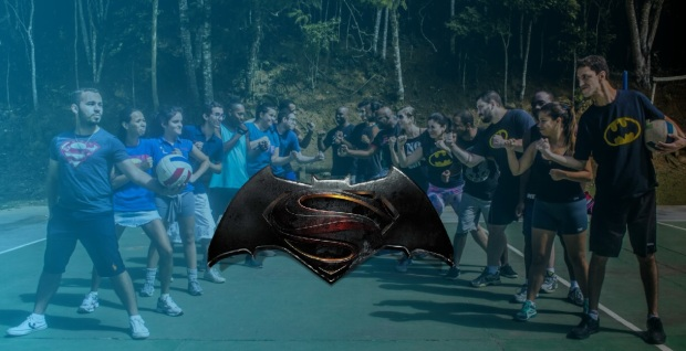 Batman-VS-Superman-a-partida-de-Volei-do-clube-de-cinema