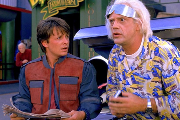 Michael-J-Fox-e-Christopher-Lloyd-em-De-Volta-Para-o-Futuro-Parte-2-Back-To-The-Future-Part-II-1-1024x683