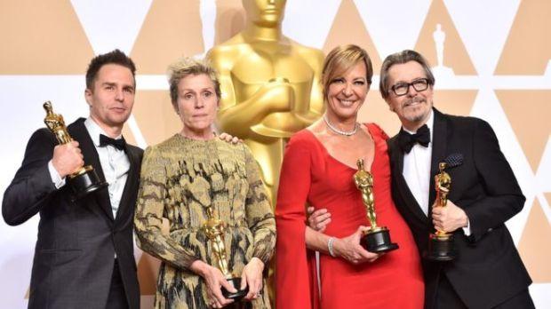 Sam Rockwel, Frances McDormand, Allison Janney e Gary Oldman.
